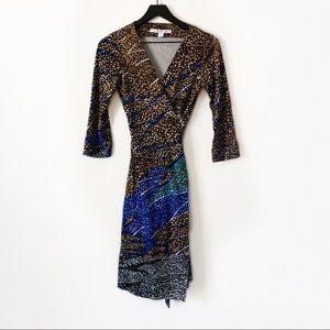 Diane Von Furstenherg   100% Silk Wrap Dress 4
